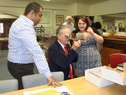 Discussing the history of stereographs of Panama with Raul Castro, Panama's Cultural Minister.